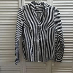H&M White And Navy Stripped Button Down Top
